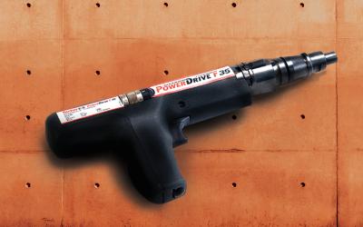 Pistola para aplicación de fijación a polvora