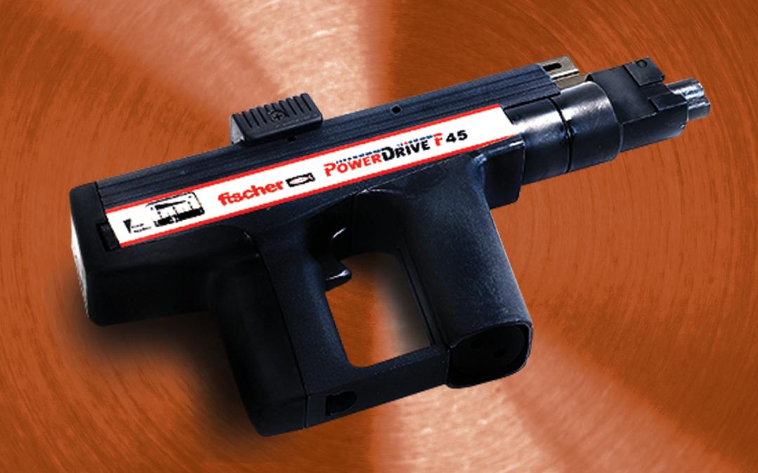 Pistola para fijación a pólvora con silenciador